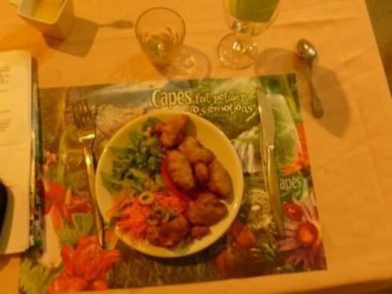 Canne a Sucre: Entrée salade et Accras