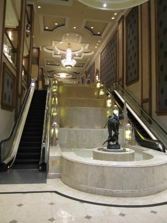 ذا لانجهام ملبورن: lobby 