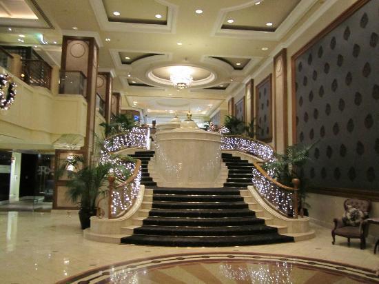 The Langham: lobby