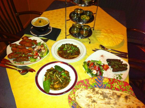 Hussain's: 3 course Meal for 2 £25 on Fixed Price Menu Sun + Tues - Fri all eve