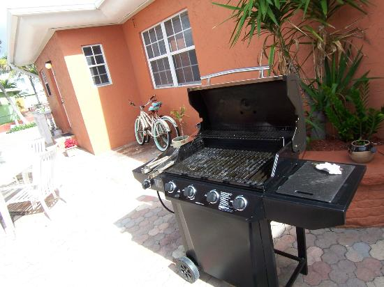 Villa Europa Hotel: BBQ and bikes free for use