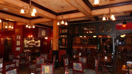 Irish Cottage Boutique Hotel: Frank O'Dowd's Pub.