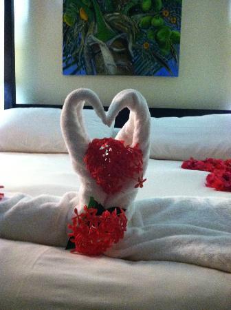 Chabil Mar: Honeymooning Details!