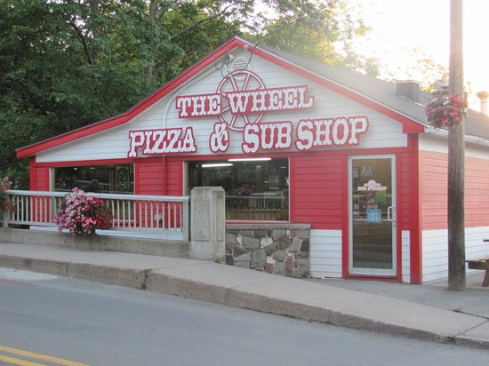 The Wheel Pizza and Sub Photo