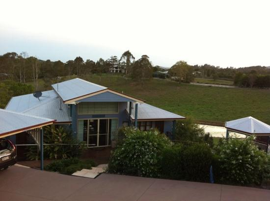 Jacaranda Creek Farmstay and B&B: Nice view of the farm