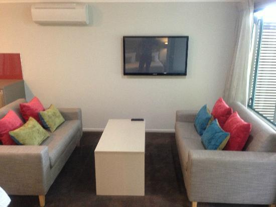 Amici Motel: Lounge