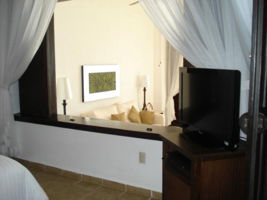 Bel Air Collection Resort & Spa Vallarta: Amplia habitación