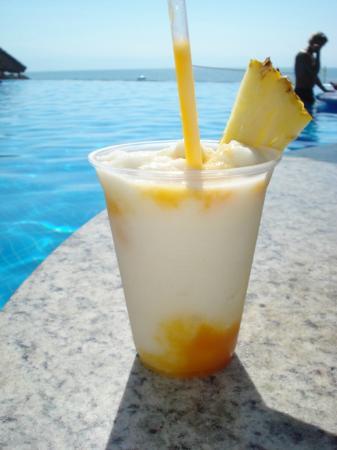 Bel Air Collection Resort & Spa Vallarta: Bebidas deliciosas!!!!!! Preparadas por Juan y por Pedro!!