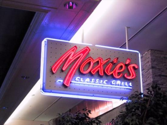 Moxie's Grill & Bar : Sign