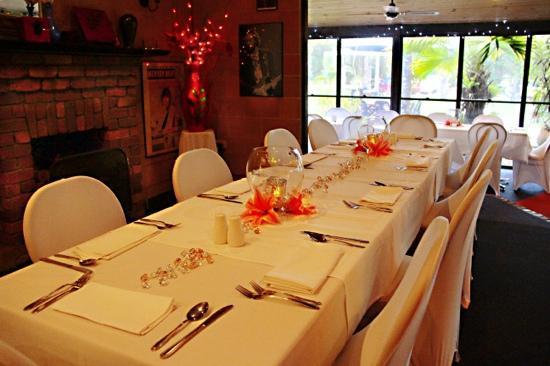 Ferns Hideaway Resort: Ferns getting set for a wedding. Great place