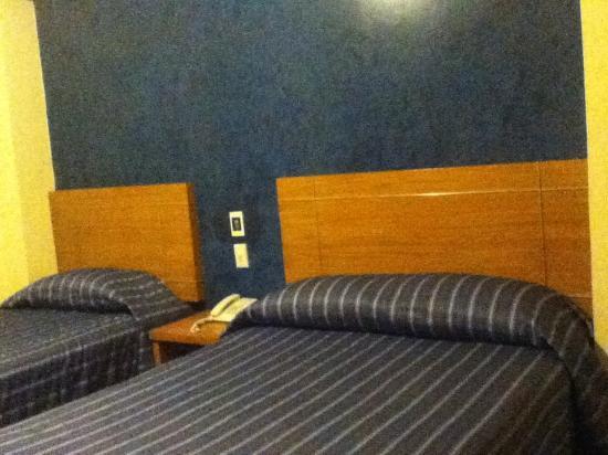 Hotel Roble: 2 camas