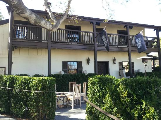 Restaurant 1833 : Restaurant exterior