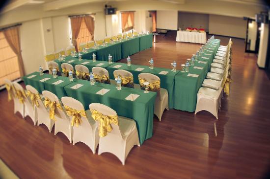 Rama Garden Hotel: Mezzanine Room