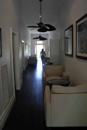 Healesville Garden Accommodation: Main House Hallway