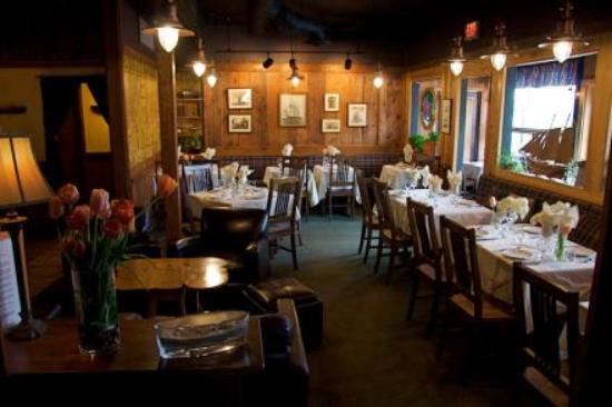 Upstairs Dining & Lounge