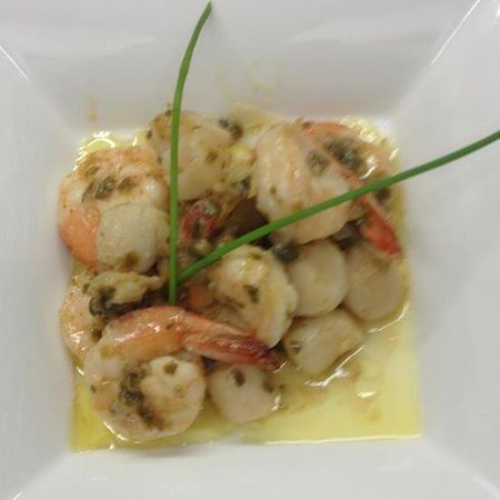 Cambridge, Canadá: shrimp and scallops