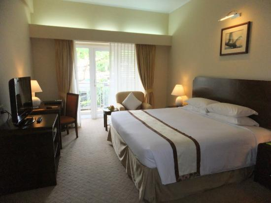 Norfolk Hotel: Deluxe Room
