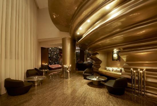 Astor Grill at the St. Regis Doha: Entrance - Astor Grill
