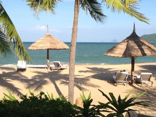 إيفاسون أنا ماندارا نها ترانج: view from my beachfront villa 