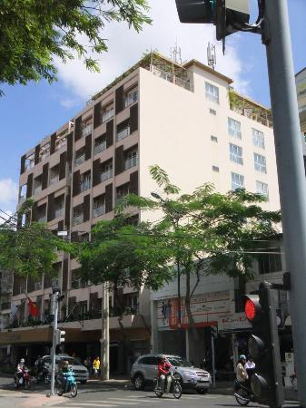 Norfolk Hotel Saigon: Hotel Front