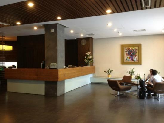 โรงแรมนอร์โฟล์ค: Hotel Lobby