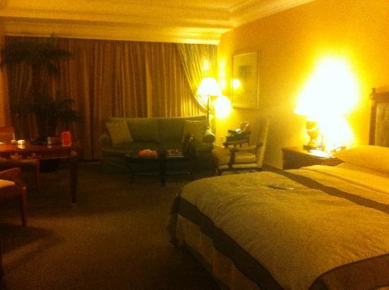 Hotel Mulia Senayan: my room