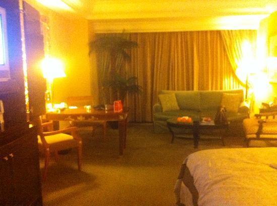 Hotel Mulia Senayan: my room2
