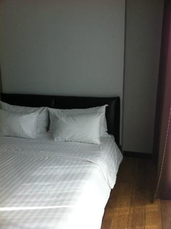 Prajaktra Design Hotel: Lovely Bed