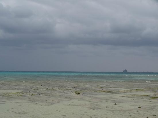 Eef Beach : 遠浅のイーフビーチ