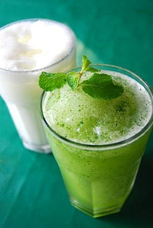 Home Cuisine Islamic Restaurant: Lemon Mint and Lassi