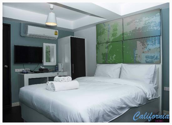 Hotel California: Standard Room Green