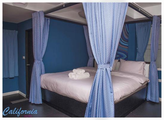 Hotel California : Standard Room Honeymoon