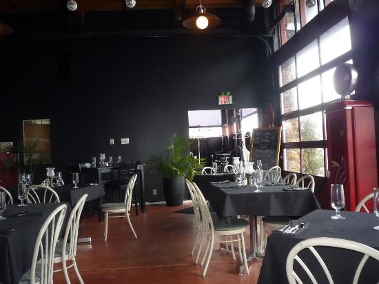 The Garage Restaurant Foto