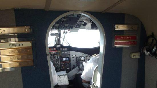 Scenic Airlines : the cockpit
