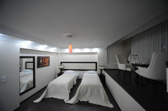 Cumbali Luxury Boutique Hotel: Deluxe Suite