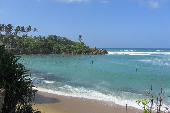 Azure Beach Villa: Ahangama Kanda