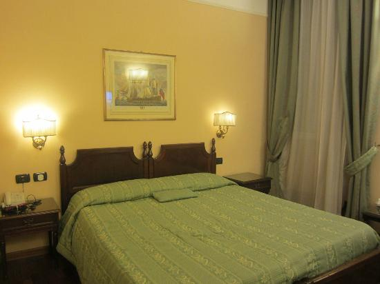 Hotel Cecil: 2 single beds