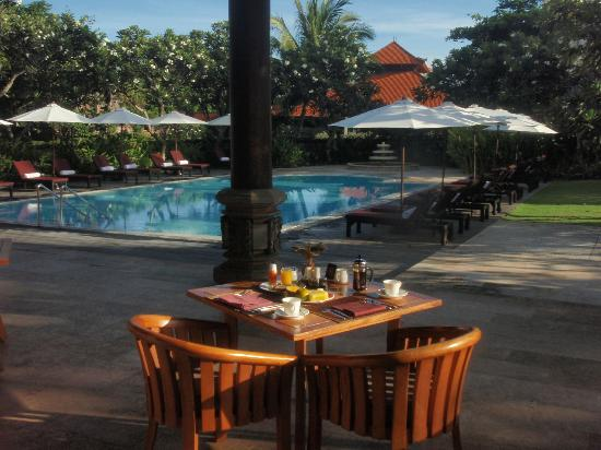 Ayodya Resort Bali: Private Poolbreakfast Ayodya Palace