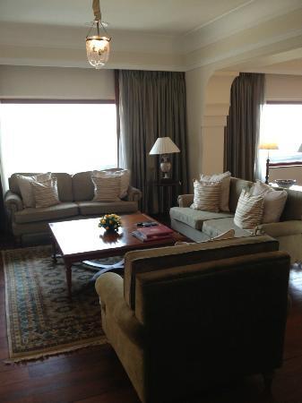 The Oberoi: Lounge room