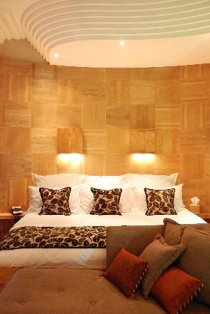 Drakes Hotel Brighton: drakes sea facing super king size feature room