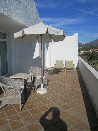 Melia Marbella Banus: Terrace / Balcony (Suite)