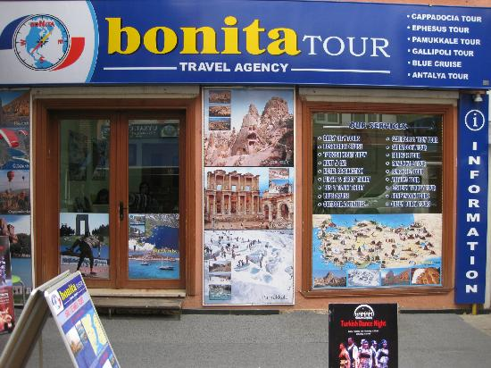 Bonita Tours - Day Tours: Bonita Tour Office in old city İstanbul