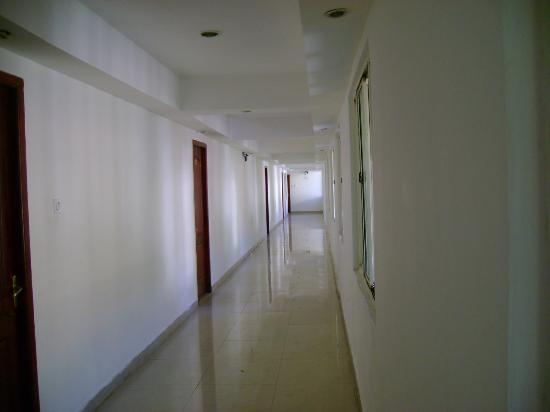 Hotel Spring Valley: corridor