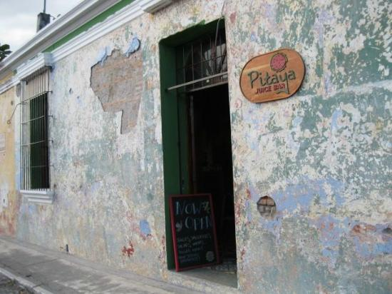 Pitaya Juice Bar Street Front