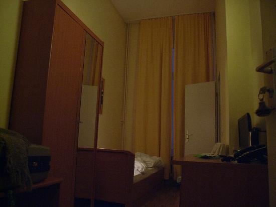 โรงแรมอเบ็นด์สเติร์น: Single room