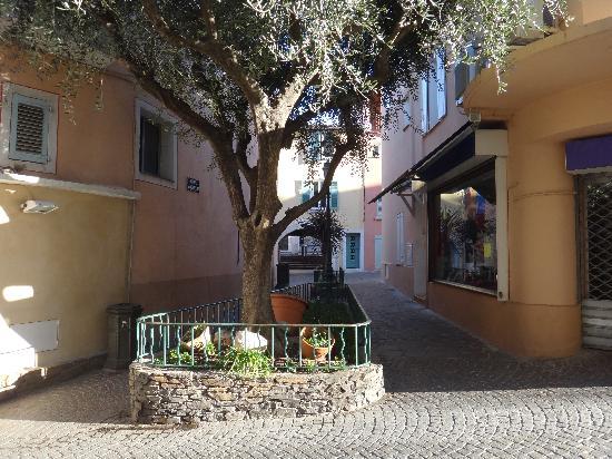 Hotel Royal Bon Repos : au détour d'une ruelle