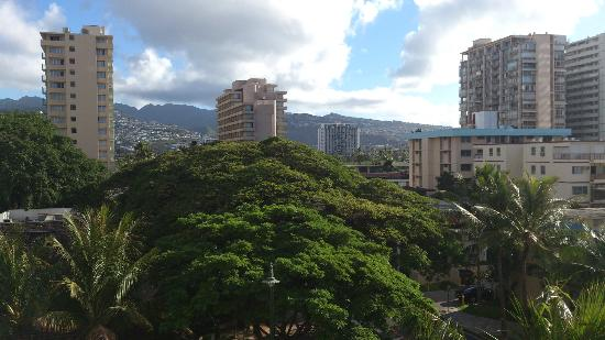 OHANA Waikiki East Hotel: View from 3rd Floor Corner Apartment 2