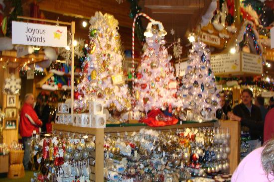 bronners christmas wonderland beautiful tree decorations