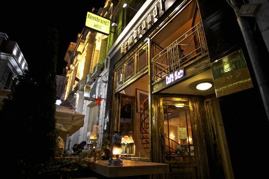 Rembrandt Hotel: Facade