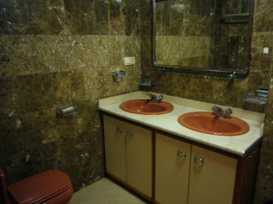 El Marino: Baño / Bathroom